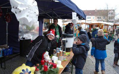 Nikolaus & Weihnachtsmarkt in der Neustadt